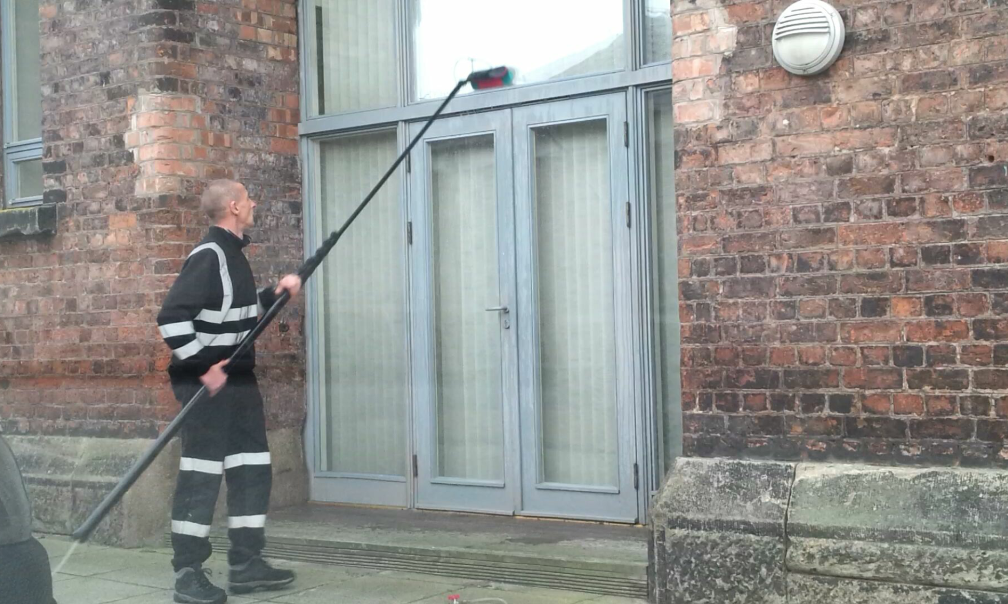 Window Cleaning Services : Pressure washing and window cleaning services wirral